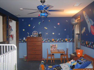 Out of this world gavins rocket ship bedroom momspotted the closet doors are off bc my baby knocked them off the track so many times we figured just keep them off for now and put them back on later aloadofball Images