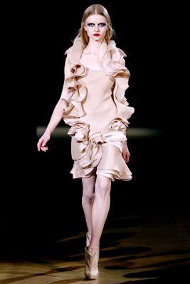 Givenchy Haute Couture Spring 2010@marielscastle.blogspot.com