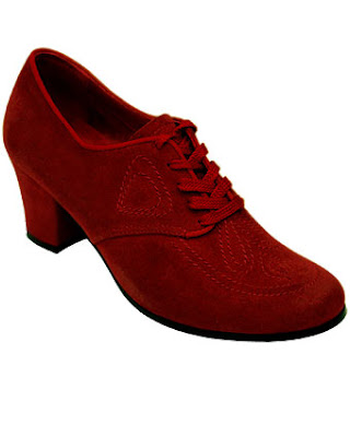 1930 red velvet dancing shoes@marielscastle.blogspot.com