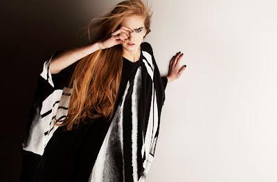 Jena_Theo@marielscastle.blogspot.com