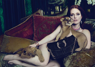 Bulgari_Fall2010_Julianne_Moore_lion_cubs@http://marielscastle.blogspot.com