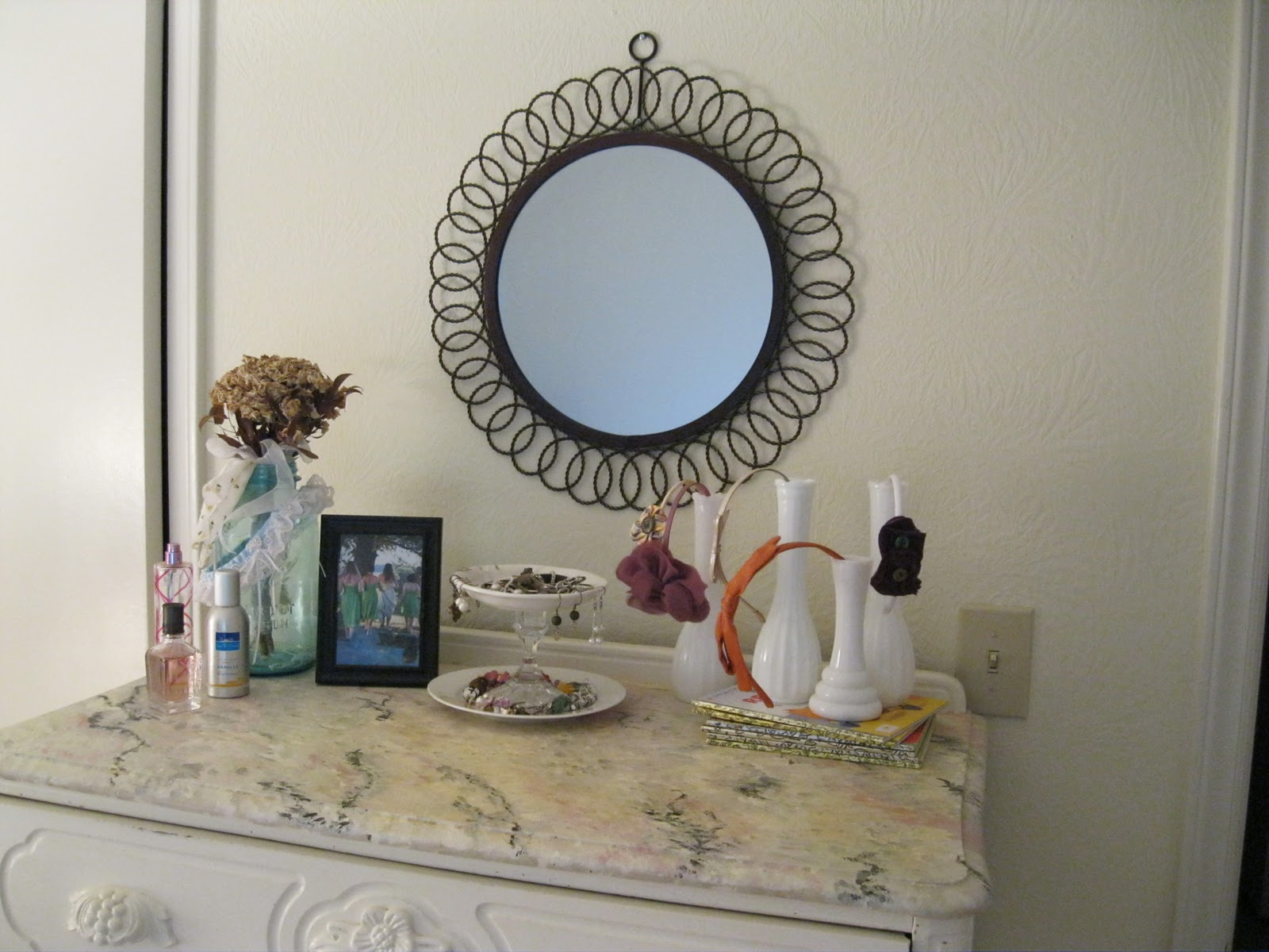 Before I Could Do All My Vanity Arranging, I Needed Something Pretty And  Special To Put My Jewelry On.