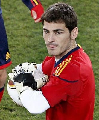 estilos de barba. Iker Casillas se rapó la arba