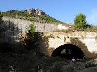 Túnel bajo la autovia
