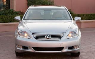 2010-lexus-LS-460L-luxury-vehicle