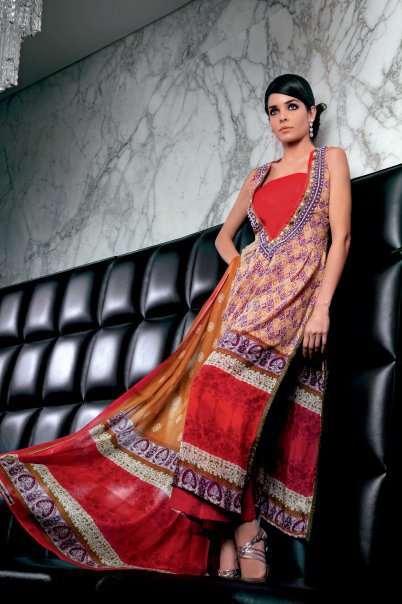 26127 104317639597948 100000591383382 116466 3023118 n - GUL AHMED Summer Collection 2010...!