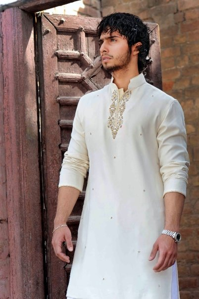 5031 115679330451 603070451 2912782 2216901 n - Munib Nawaz's Kurta Collection for Men
