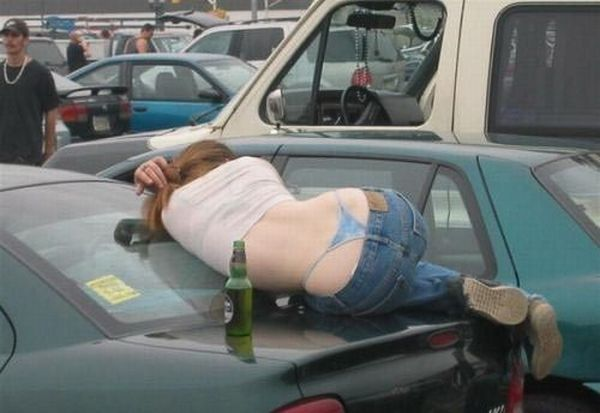 Passed Out Drunk Girls Pictures8