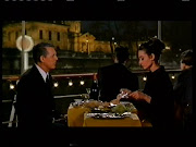 ¿Un crucero de noche por el Sena, con una cena romántica?