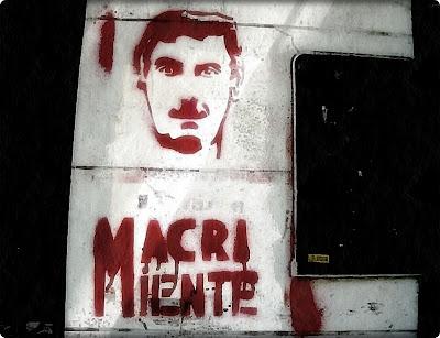 Macri miente graffiti