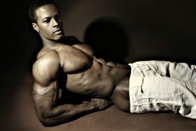 http://2.bp.blogspot.com/_X_d6JjJ00I4/SKrX0e-wLSI/AAAAAAAAPGg/Axs35Tx--2o/s400/sexy+black+man.jpg