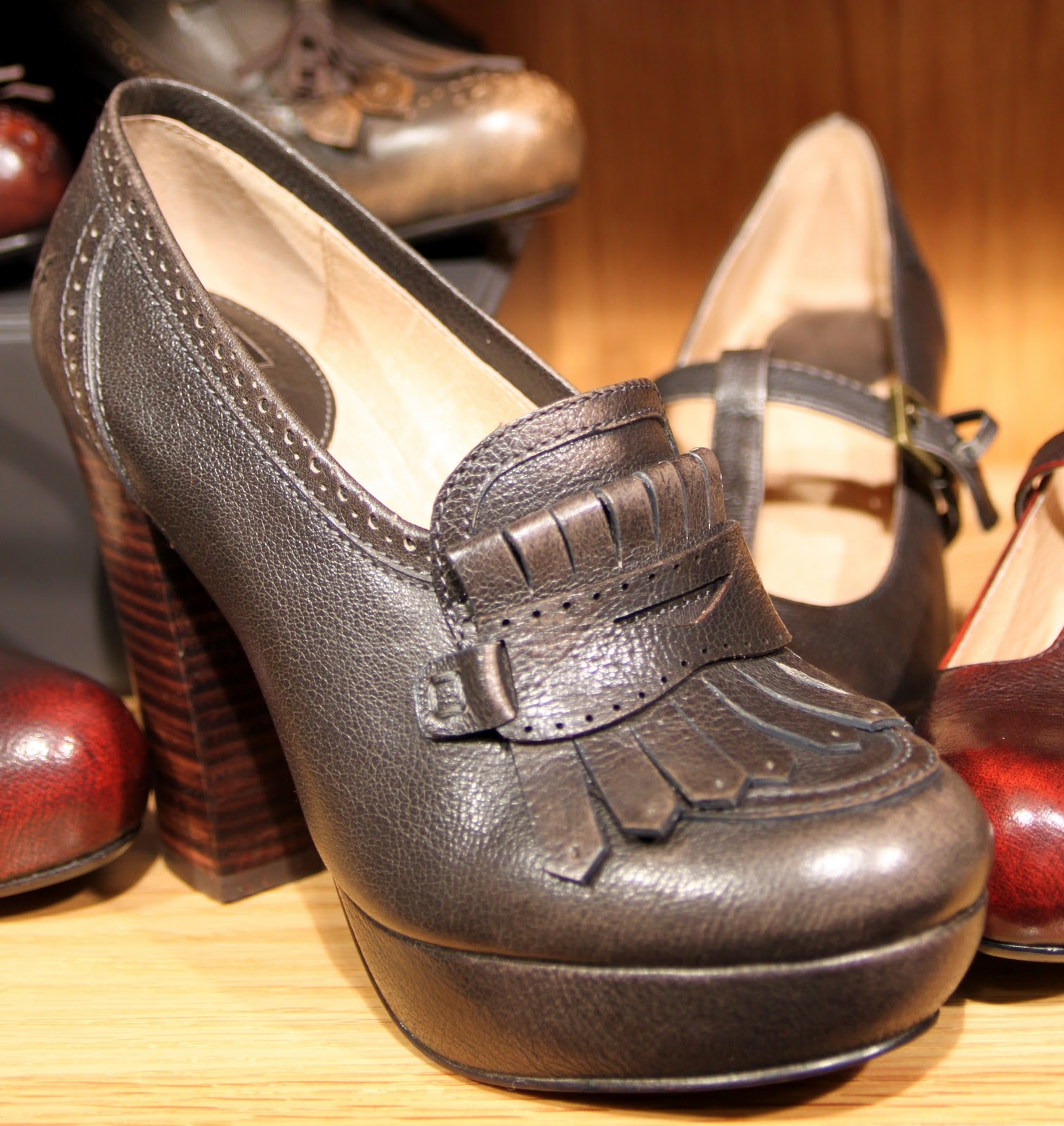 Frye Pre Fall 2011 Footwear Accessories Women S