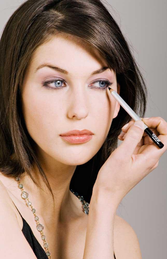 Cara Memakai Eyeliner Untuk Pemula Youtube | apexwallpapers.com