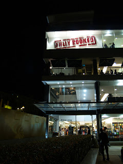 Fully Booked bossktore the fort bonifacio high street taguig