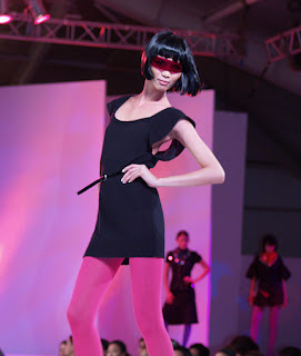ria bolivar filipina super model runway top philippines fashion