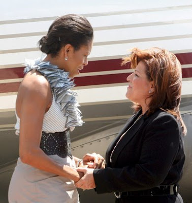 michelle obama fashion icon. Michelle Obama Fashion Photos