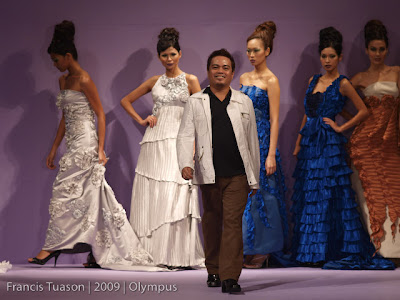 philippine fashion week 2009 grand allure benjie manuel designers model runway