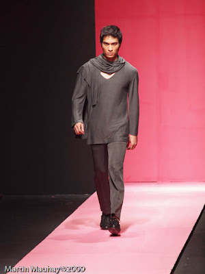 alex pigao philippine fashion week 2010 luxe wear