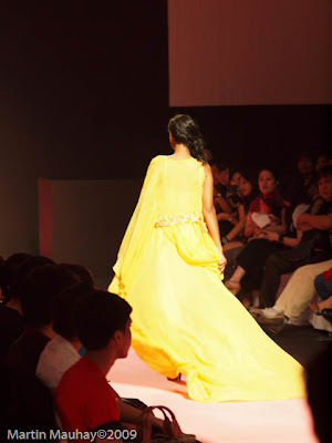 kat copus Philippine Fashion Week Spring Summer 2010 Luxewear
