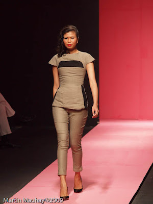 Kermit Tesoro Philippine Fashion Week Spring Summer 2010 Luxewear