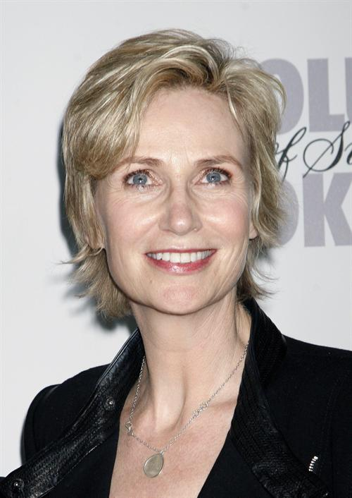 and glee actor jane lynch