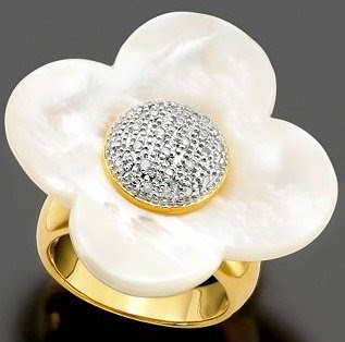 Vermeil Ring Diamond and Mother of Pearl Flower