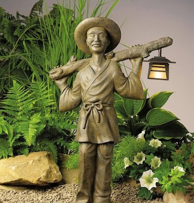 Zen Garden Gardener Light