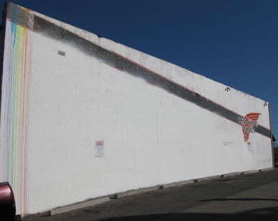 rainbow tag abq 600x477 Rainbow graffiti in Albuquerque, New Mexico