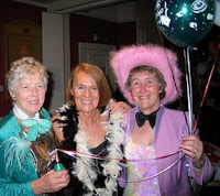 Gladys Speedie, Janet Dow and Carol Fell - click to enlarge