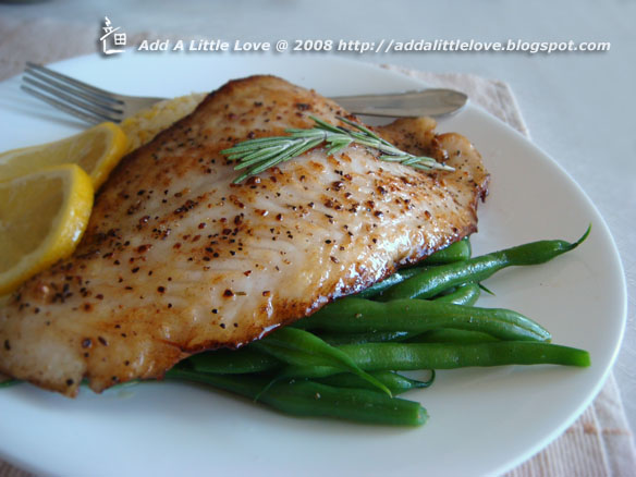 Magic ingredients pan fried bass fish fillet with beans for Pan fried fish fillet recipes