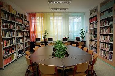 Szivárványos könyvtár