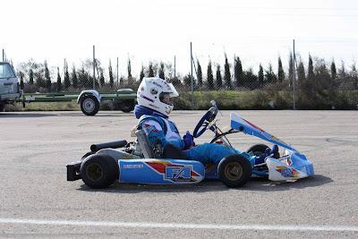 Arrancan los motores en Zuera y empieza el espectáculo del Karting Aragonés
