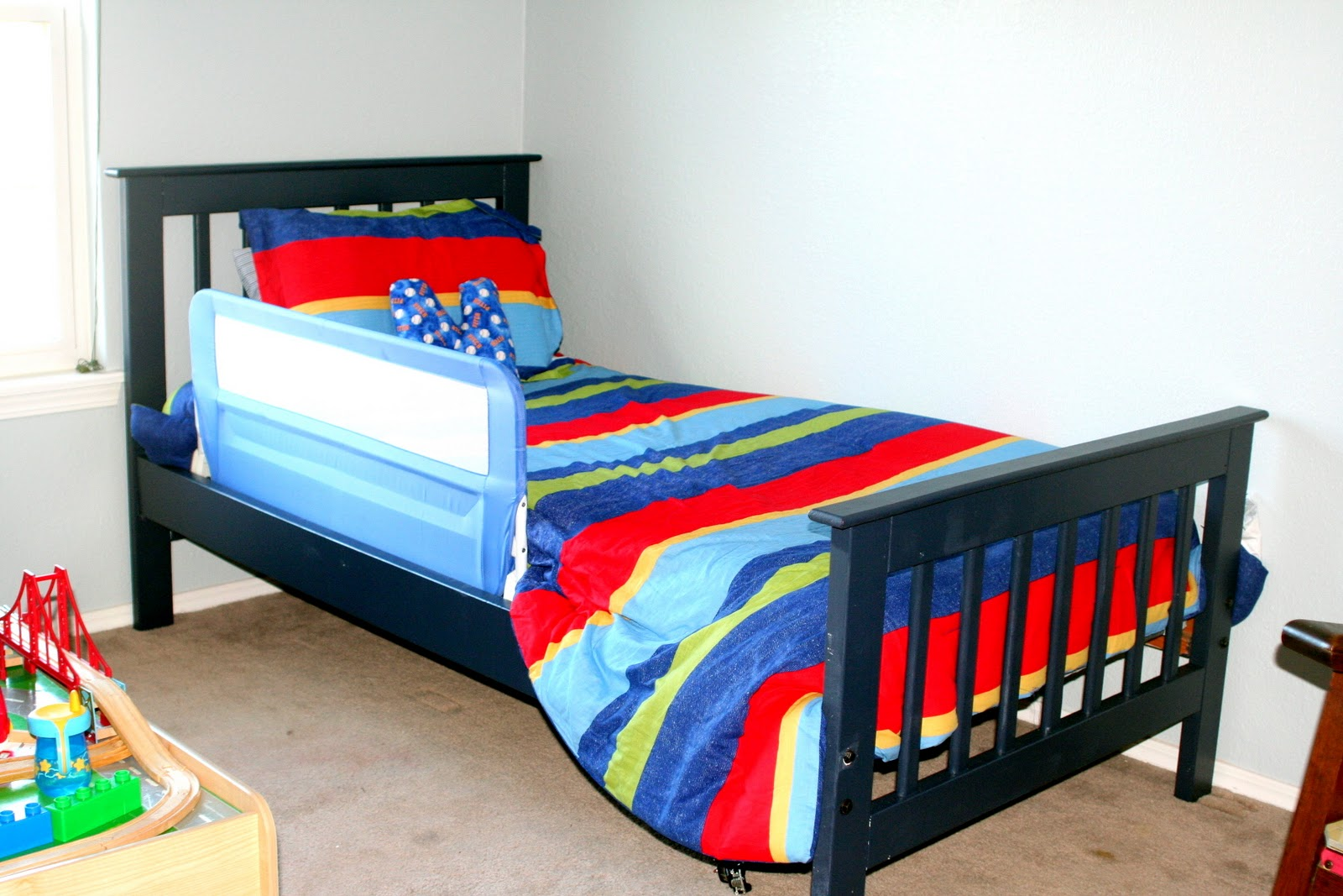 Sarah s Heart Project Redo Craigslist Bed into Big Boy Bed
