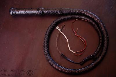 artesania-cuero-latigo-caballo
