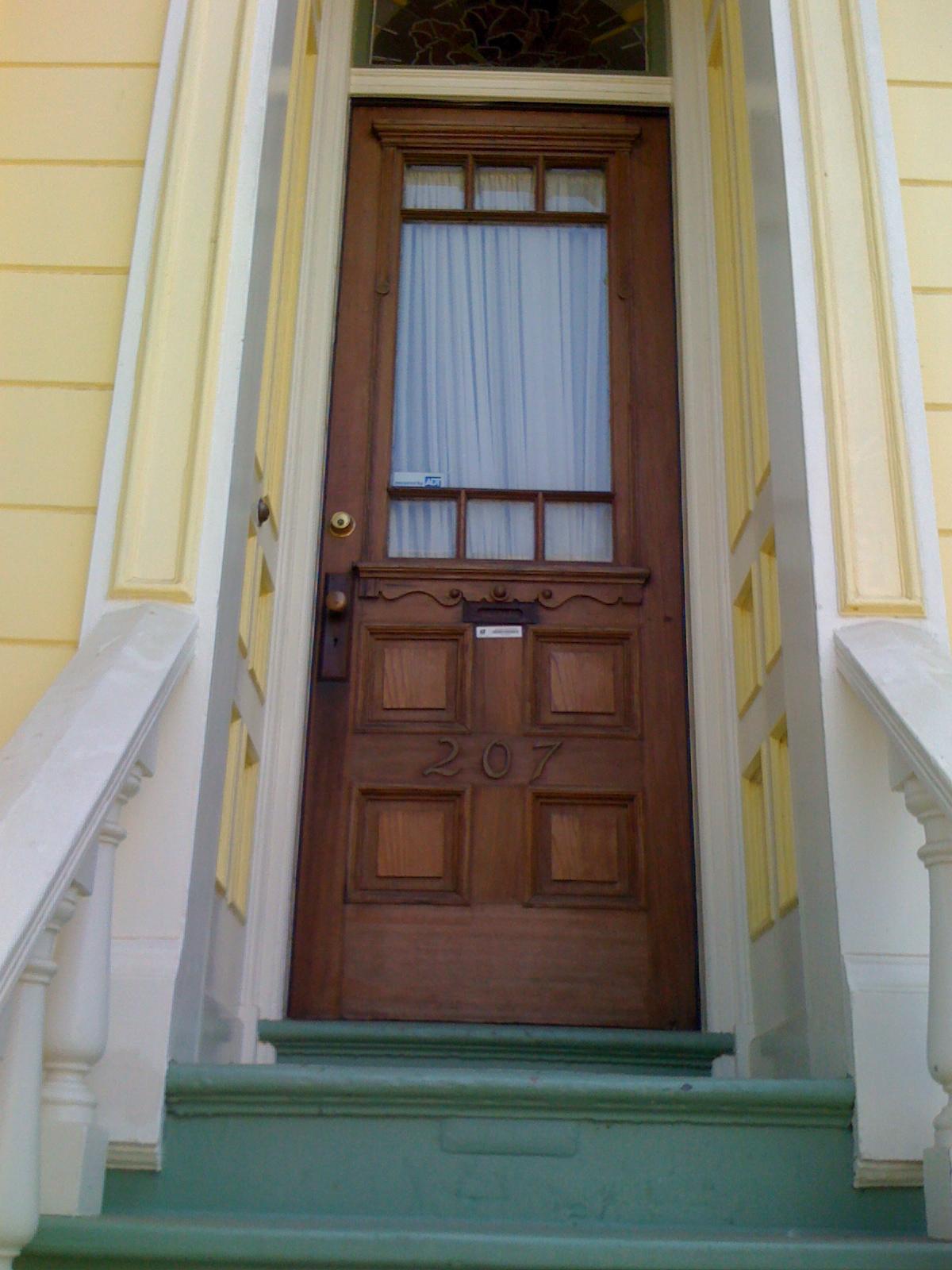 Other doors in the neighborhood & Little Lantern