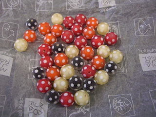 Bohemian glass beads (onemorehandbag)