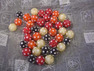 Bohemian glass beads (onemorehandbag)