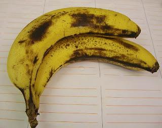 absolutely bananas (onemorehandbag)