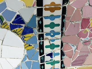 Gaudí tiles, Barcelona (onemorehandbag)