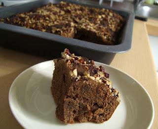 vanilla pecan brownies (onemorehandbag)