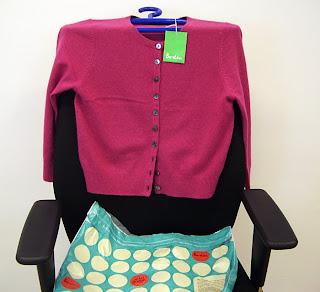 hot pink cashmere cardie (onemorehandbag)