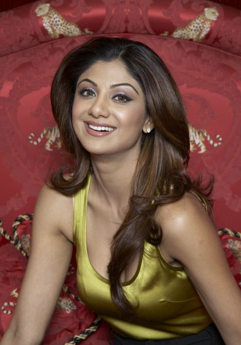 Hot Indian actress Shilpa Shetty photoshoot images wallpapers