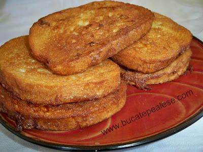 Articole culinare : Paine prajita in ou