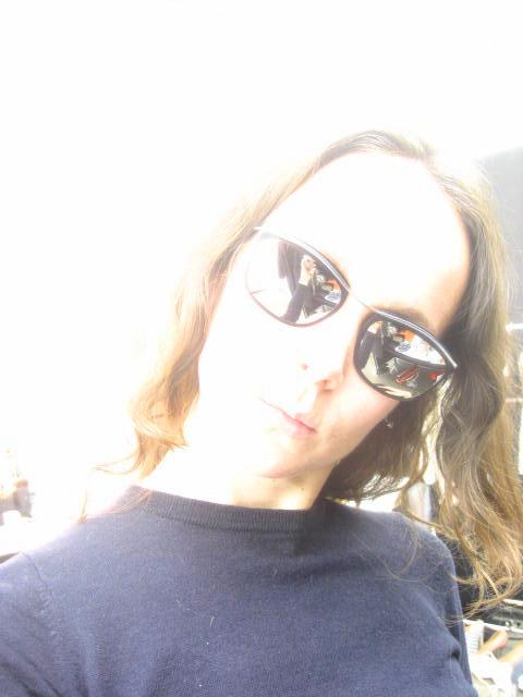 [sunnies1]