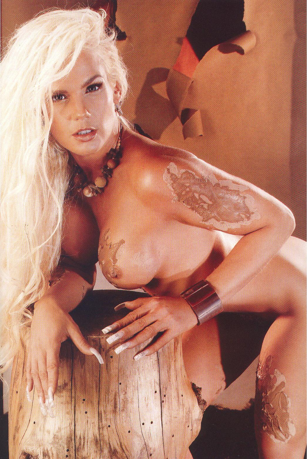 Kim Kardashan Nude