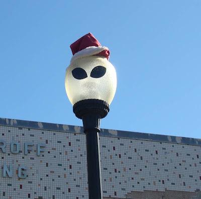 Roswell alien street lamps