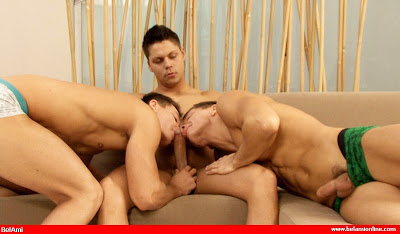 BelAmiOnline presents Ennio Guardi and the Peters Twins