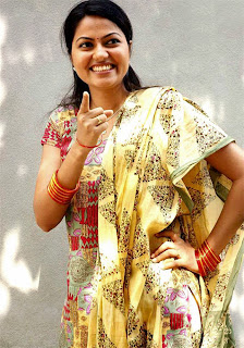 suhasini cute pose