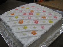 PASTEL CUADRADO CON FLORES