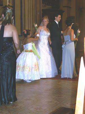 A noiva Fernanda, suas damas de honra e o noivo Jonathan